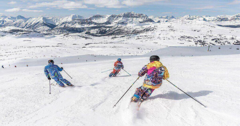 Skiing Courses in India